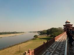 Yamuna river behind the Taj Mahal